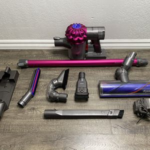 Dyson - V6 Motorhead Bagless Cordless Stick Vacuum - Fuchsia/Iron for Sale in Lawndale, CA