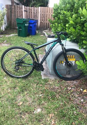 Scott mountain bike for Sale in Tamarac, FL