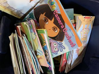18 Gallon Tote Of Kids Books for Sale in Fairview Heights,  IL