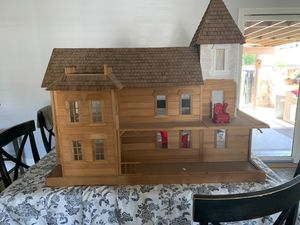Doll house for Sale in Long Beach, CA