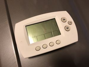 Honeywell Thermostat for Sale in Kirkland, WA