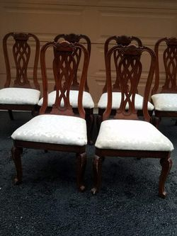 6 Srong Dining Chairs Solid Wood Only $17 Each Or $100 For All for Sale in Everett,  WA