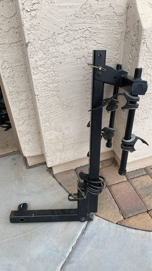 Thule hitch bike rack for Sale in Gilbert, AZ