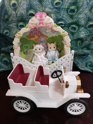 Calico critters wedding car and beautiful venue. Vintage for Sale in Canterbury, CT