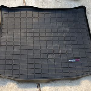 2018 2019 2020 Jeep Cherokee Latitude Cargo Mat Weather Tech for Sale in Whittier, CA