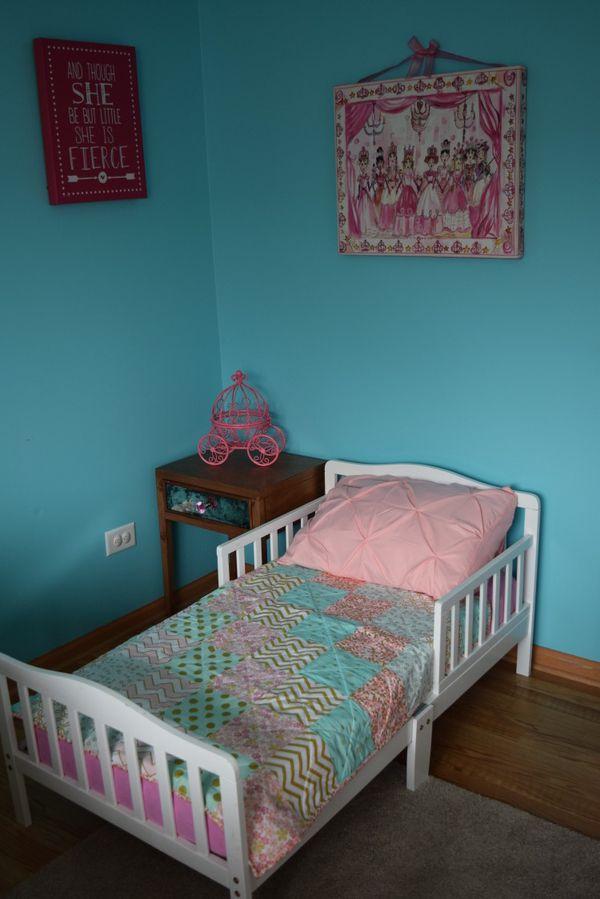 White Toddler Bed Frame ((Frame ONLY))