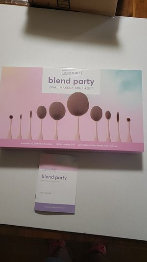 VANITY PLANET BLEND PARTY BRUSHED for Sale in Sumner, WA