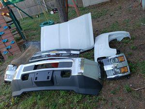 2017 silverado 3500hd hood headlights fender bumper for Sale in Newportville, PA