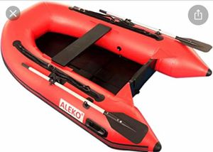 Inflatable Boat with slide floor and paddles for Sale in Miami, FL