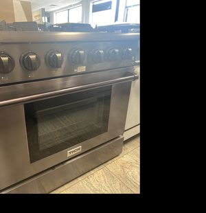 THOR black stainless steel professional Gas range #923 for Sale in South Farmingdale, NY