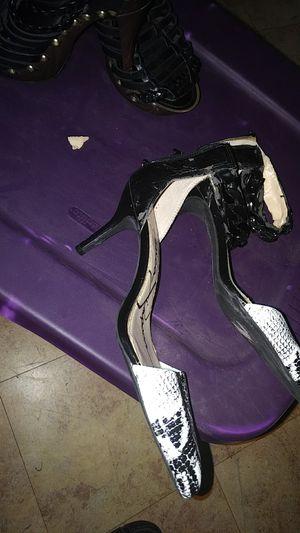 Free heels for Sale in San Antonio, TX