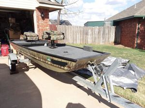 Fishing boat for Sale in Amarillo, TX