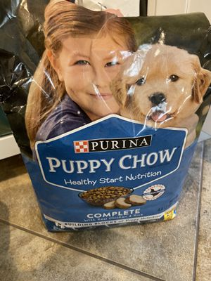 Free purina puppy chow for Sale in Henderson, NV