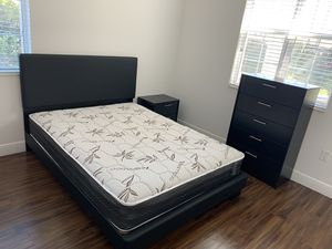 New queen white bedroom set 4 pieces. PLUSH MATTRESS bed frame chest and night stand FREE DELIVERY AND installation. King full twin size black brown for Sale in Pembroke Pines, FL