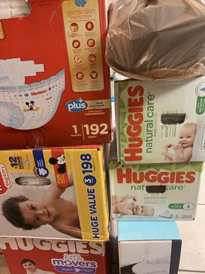 Huggies diapers and wipes for Sale in Mesquite, TX