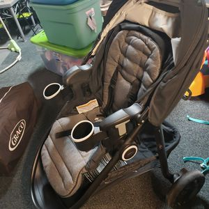 Jogger Stroller, Reversible and Reclines for Sale in Buffalo, NY