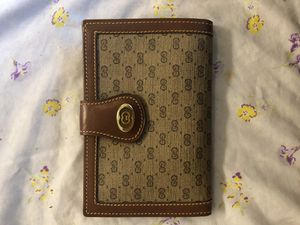Authentic GUCCI vintage wallet for Sale in Napa, CA