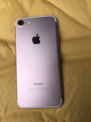 Unlocked iPhone 7 32GB Telcel Tigo T-Mobile Metro Cricket AT&T Verizon Sprint for Sale in Chino Hills, CA