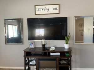 ONE large wall mirror for Sale in Goodyear, AZ