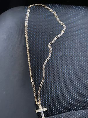 Chain 14k 15grams yellow and white gold for Sale in Oxon Hill, MD