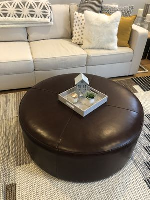 Large Round Brown Leather Ottoman for Sale in Salt Lake City, UT