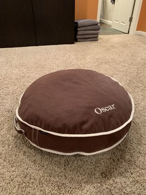 Round Dog bed with name Oscar! for Sale in Columbus, OH