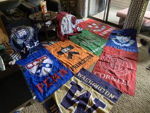 University flags for Sale in Bellevue, WA