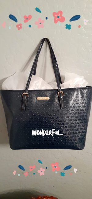 New Michael Kors Navy Blue Extra Large Tote Bag / Purse for Sale in Chandler, AZ