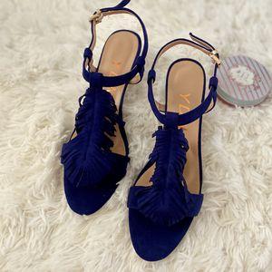 Kitten Heel Fringes Slingback Sandals for Sale in Las Vegas, NV