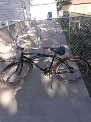26 inch beach cruiser men's bike for Sale in Woodhaven, MI