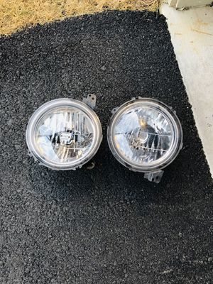 Jeep Wrangler JL Factory Headlights for Sale in Boyds, MD