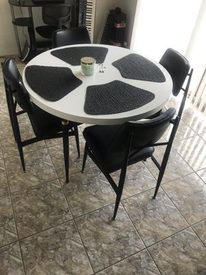 Antique low 70s retro table. for Sale in Cape Coral, FL