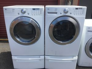 Lg trom washer and gas dryer set for Sale in San Leandro, CA