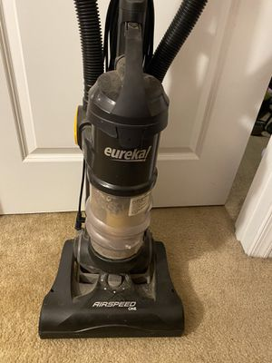 Eureka Airspeed vacuum for Sale in Baltimore, MD