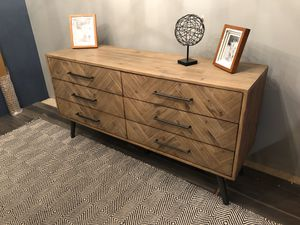 Brand New Solid Wood 6 Drawer Dresser for Sale in Virginia Beach, VA