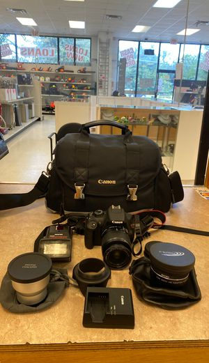 Canon t5 for Sale in Kissimmee, FL
