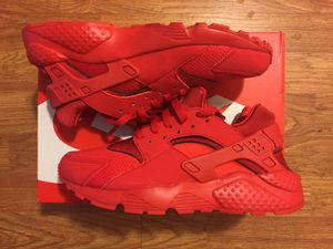 Nike Air Huarache Brand New size 7 y / 8.5 women's for Sale in Norwalk, CA