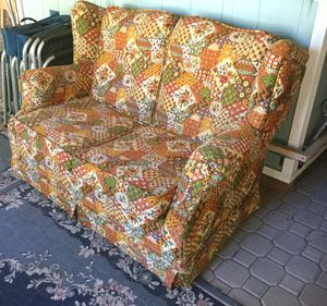 Country couch for Sale in La Pine, OR