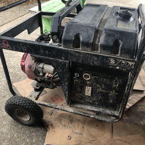 7500 watt generator with Honda GX390 13 hp motor for Sale in Spanaway, WA