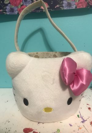 Hello kitty basket for Sale in Duluth, GA