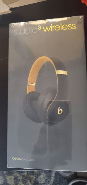Beats studio 3 wireless skyline collection for Sale in Modesto, CA