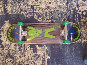 Complete skateboard 8.5 deck for Sale in Waynesville, MO
