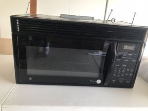 GE Spacemaker Microwave for Sale in Chandler, AZ