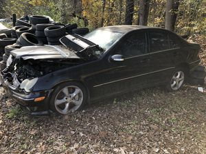 2005 Mercedes Benz C230 1.8 SuperCharged Partes Parts for Sale in Durham, NC