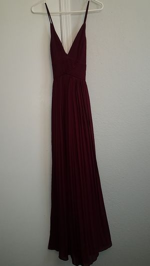 FashionNova maroon wine gown for Sale in Aurora, CO