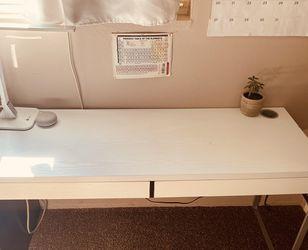 White Ikea Desk for Sale in Paramount,  CA