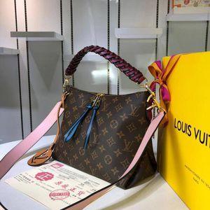 Louis Vuitton Bag for Sale in Valdosta, GA