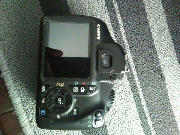 Canon T3 Camera