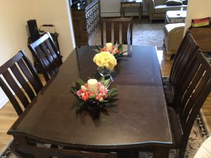 Dining / Kitchen table for Sale in Emerson, NJ