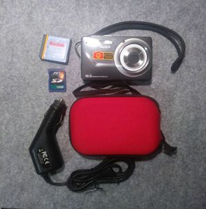 Kodak EasyShare 12.2MP Gray Digital Camera & Case for Sale in Apopka, FL